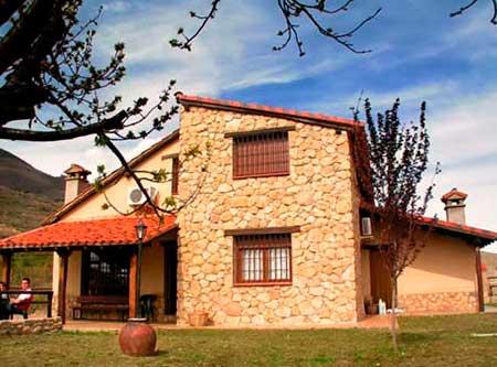 Casas rurales para despedidas de soltera y soltero en Granada. Desde 25€/noche.