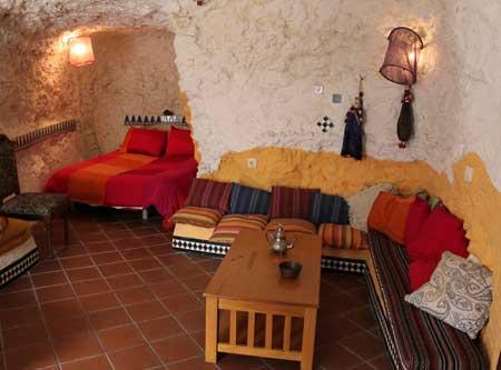 Casas cueva en el barrio del Sacromonte para despedidas de soltera o soltero desde 19€